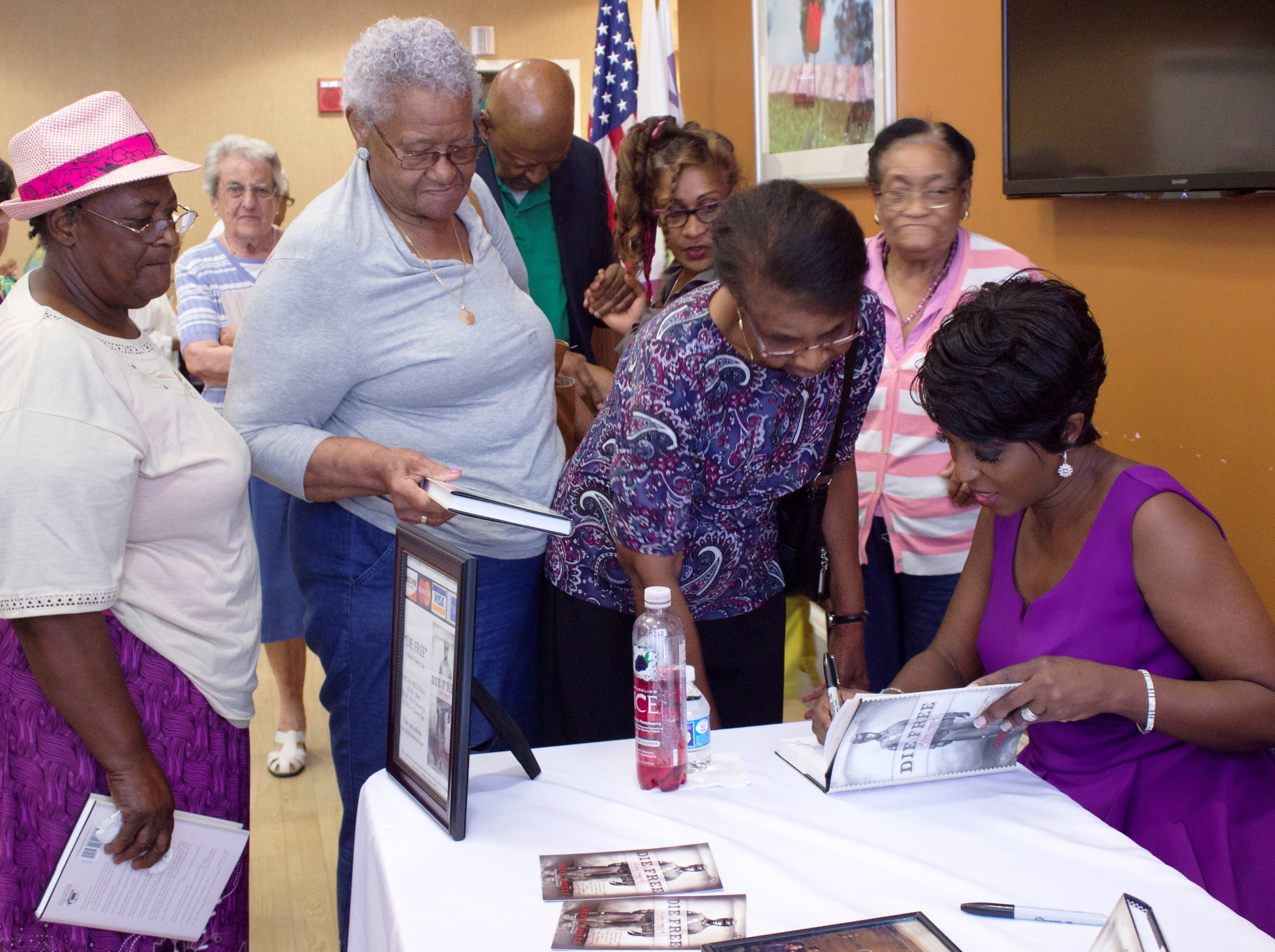 Wartburg Hosts A Reading And Signing Of Die Free A Heroic